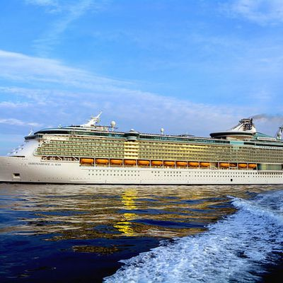 Independence of the Seas : l'arrivée du paquebot géant à Cherbourg