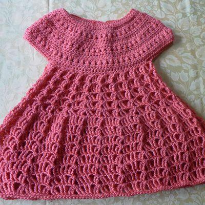 Une robe d'été au crochet pour Victoire...