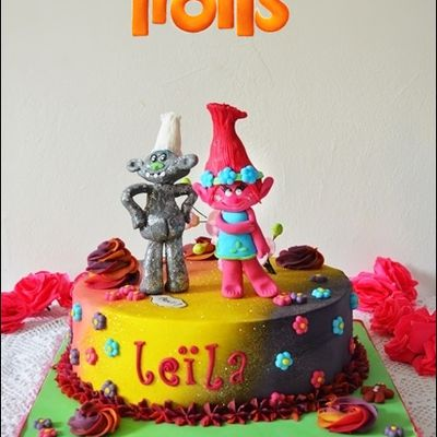 Le gâteau Les Trolls de ma fille Leila