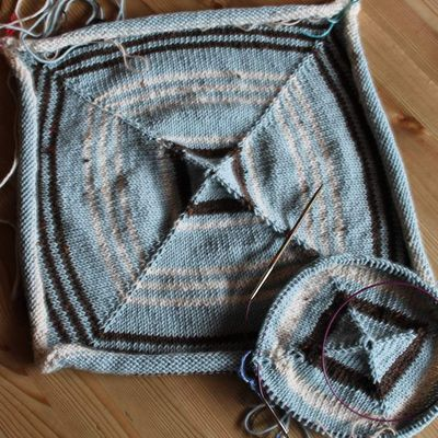 Stricken aus Wollresten