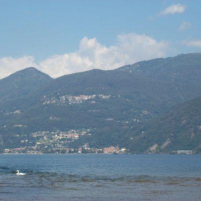 Vascello pirata fantasma stargate del Lago Maggiore