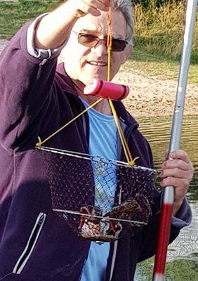 Pêche aux écrevisses.