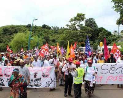 4310 - SCOOP du jour. Mayotte 101e département français, bloqué depuis un mois a disparu des radars télévisuels !!!
