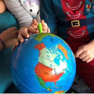 Globe terrestre pour enfants voyageurs