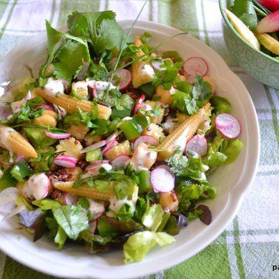 Salade de quinoa rouge-pois chiche à la sauce sucrée-salée