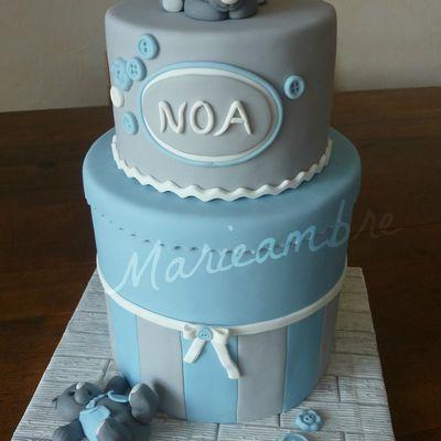 Gâteau bébé bleu et gris