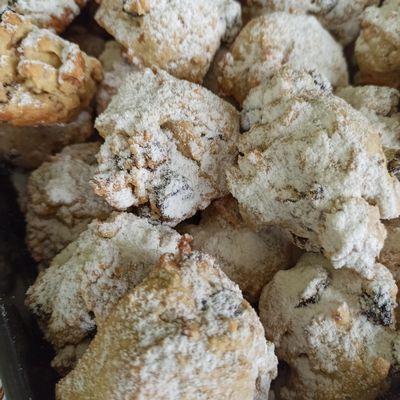 Biscotti furbi con noci uvetta senza lievito