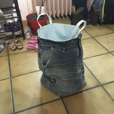 Recyclage d'un pantalon en jean's