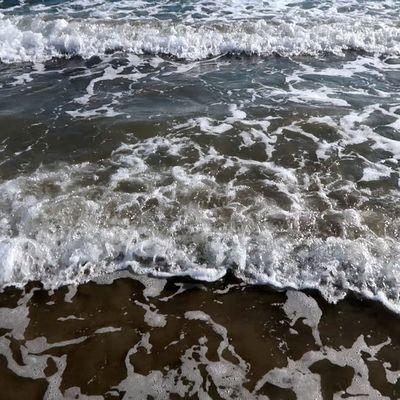 La mer, la mer, toujours recommencée... (1)