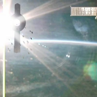 UFO Fleet caught by ISS cam !!! April 2018