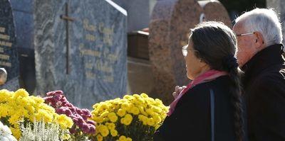 Pourquoi prier pour les défunts ?