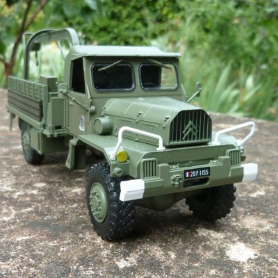 Citroën 46F FOM lot 7 (base Direkt Collection - 1:43 - par Hervé C.)