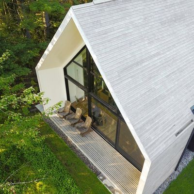 A WINDOW ON THE LAKE, A HOUSE BY YH2 DESIGN IN SAINT ELIE DE CAXTON, QUEBEC, CANADA