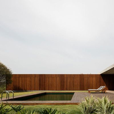 PASQUA HOUSE IN PORTO FELIZ (BRAZIL) by STUDIO MK27, MARCIO KOGAN