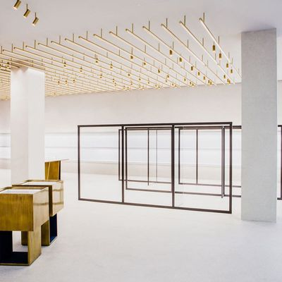 JIL SANDER NEW STORE IN BERLIN BY ANDREA TROGNON ARCHITECT