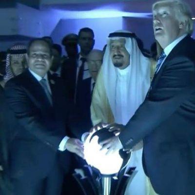 Donald Trump et la boule de cristal...à quand Madame Irma à la Maison-Blanche?