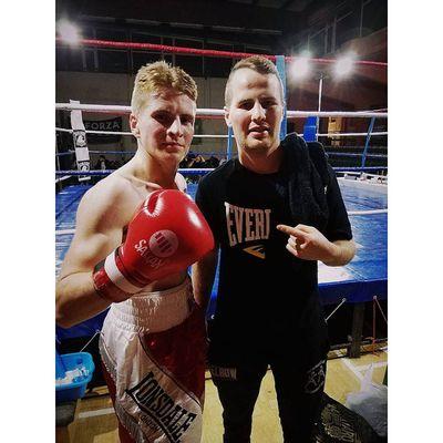 Premier combat pro et première victoire pour Dimitri Trenel
