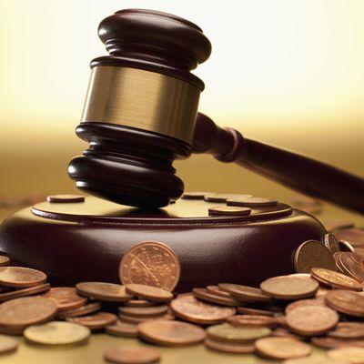Puis je demander une réparation financière quand j'estime être poursuivie devant les tribunaux de manière abusive par une collègue?