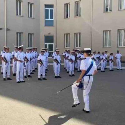 Taranto:cambio di incarico e rischio consegna di rigore per la tenente di vascello del balletto