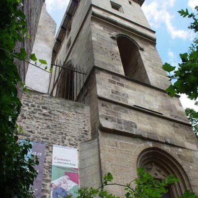 L'amour au Moyen-Âge à la Tour Jean sans Peur, Paris