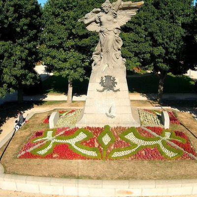 """Monument au mort """"La victoire ailée"""" des Sables d'Olonne"""