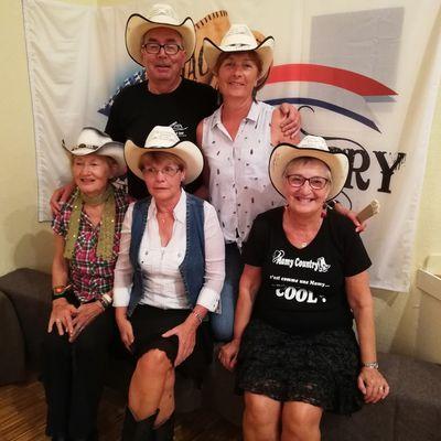 Photos & Vidéos du bal de Chevillon sur Huillard organisé par The Crazy Heels