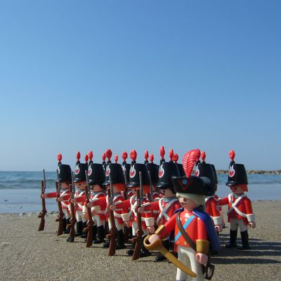 Red guards à la plage (aouh cha cha cha)!
