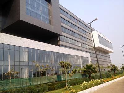 pre rented commercial property for sale in suncity success tower