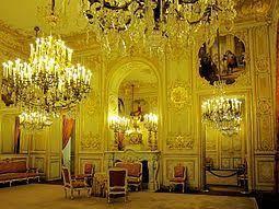 HOTEL DE LASSAY...
