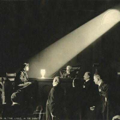 The Light of Faith - The Light in the dark (Clarence Brown, 1922)