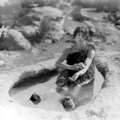 Les trois Ages (Three Ages - Buster Keaton*, 1923)