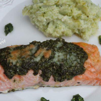 Pavé de saumon au pesto d'oseille