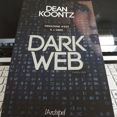 Dark Web de Dean Koontz (2018) SP
