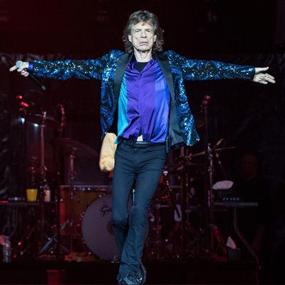 VIDEO. Mick Jagger sortirait-il avec une productrice de 22 ans?