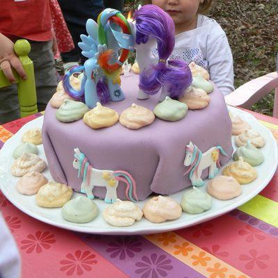 """Gâteau d'anniversaire """"my little pony"""""""