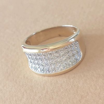 Bague / Diamants / Or 2 tons 18K / Joaillerie femme 750/1000 / Or 18 carats   REF / AA 969