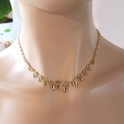Collier ancien / filigrane / Joaillerie Or jaune 18k / 750/1000 / Or 18 carats    REF / AA 1095