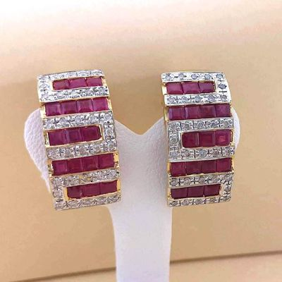 Boucles d'oreilles / Diamants / Rubis / Or 2 tons 18K / 750/1000 / Or 18 carats   REF / AA 1147