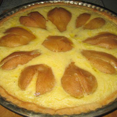 Tarte sablée bourdaloue:poire et crème d'amandes
