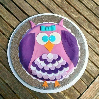 Gâteau Chouette violette