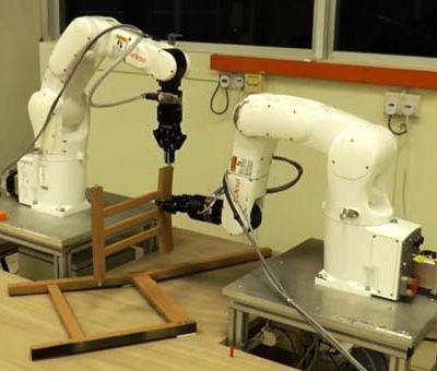 ROBOTS, aider à la maison, encore un très long chemin à faire…