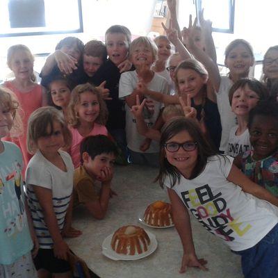 Recettes de cuisine: charlottes aux poires, aux pêches et cup cakes au chocolat