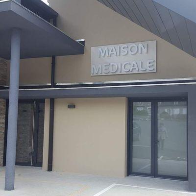 Visite de la Maison Médicale de Vigeois.