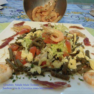 Assiette - Crudités Crevettes - Jambon cru de chez Christophe Guèze....