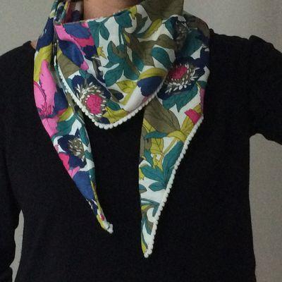 Un foulard pushy