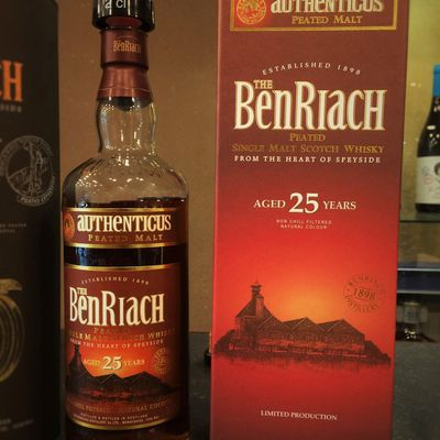 The BenRiach 25Y Authenticus.