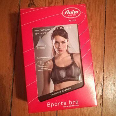 Parlons soutien gorge sportif avec ma trouvaille : Anita Active, Momentum pro.