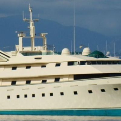 How Donald Trump bought the superyacht from James Bond before ordering the world's largest yacht!
