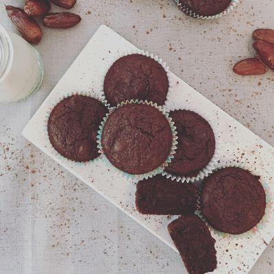 Cupcakes dattes et chocolat sans gluten