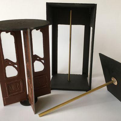 Bistrot art nouveau: porte tambour